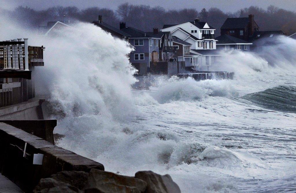 APTOPIX Winter Storm Massachusetts