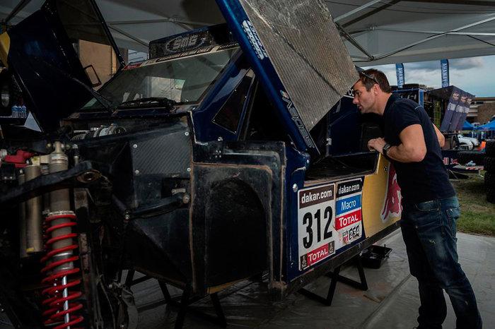Sebastien Loeb visits Dakar bivouac in Salta, Argentina on January 10th, 2014