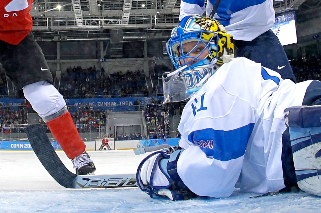 Ice Hockey - Winter Olympics Day 3 - Finland v Canada